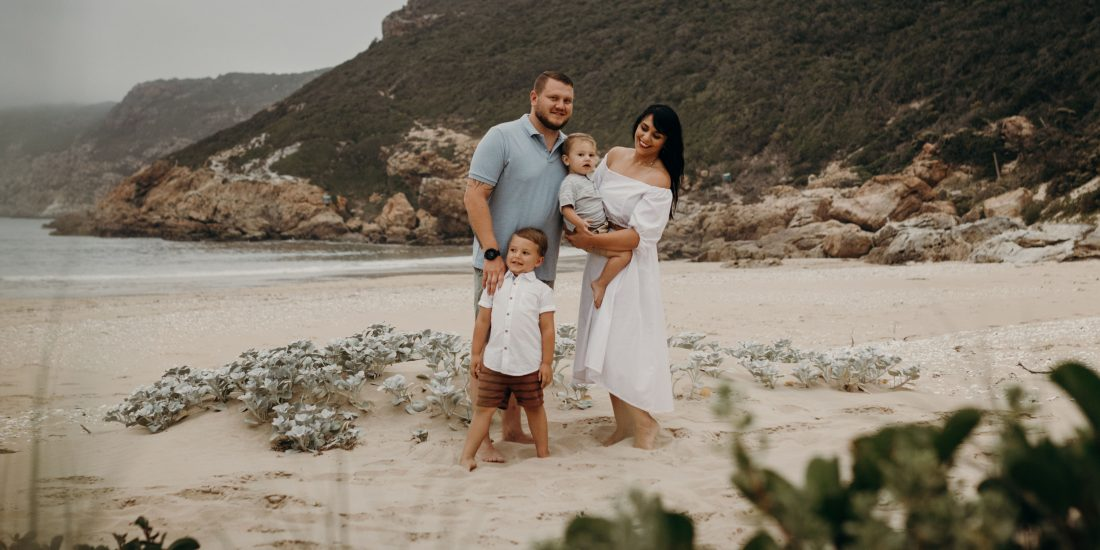 michelle brink, garden route, family photographer, plettenberg bay, plett it's a feeling, family photography, the wreck, beach
